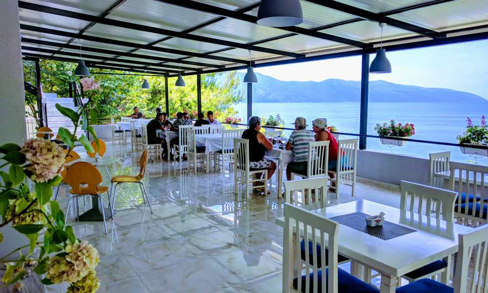 Hotel ne Vlore 30 m nga deti