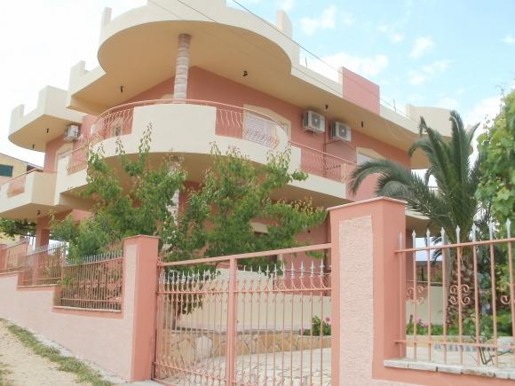 Ksamil-Albania Rooms for rent