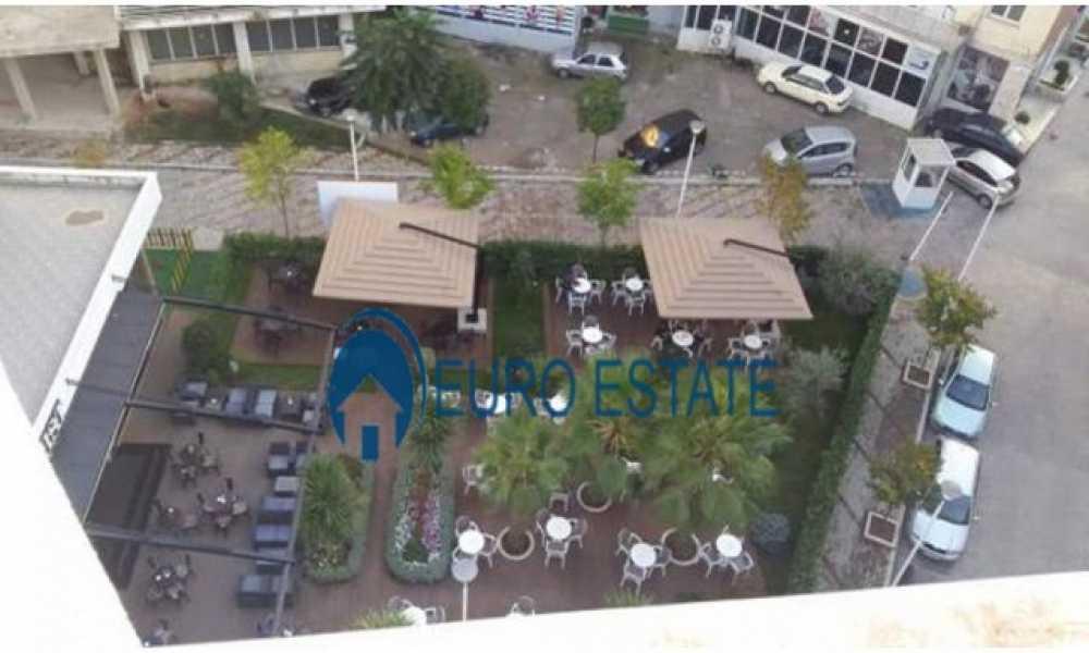 Tirane, shes apartament duplex 4+1,280 m2, 157.000 Euro (Fresku)