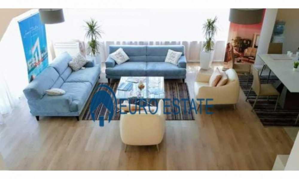 Okazion-Durres, shes Vile 2 kateshe,120 m2,189.000 Eur (San Pietro Resort)