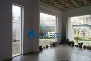 Imobiliare Objekt Biznesi me Qera Jepet me qera ambient biznesi 270 m2