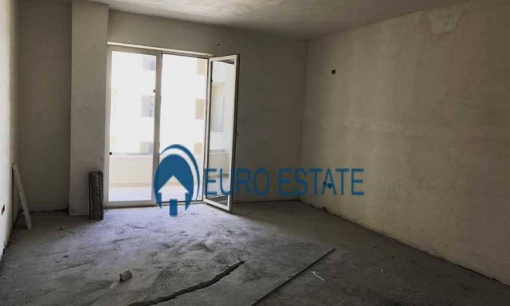 Durres,Shitet apartament i ri,panoramik,1+1,71 m2,48.000 Eur(Port)