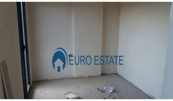 Tirane,shes Dupleks 2+1+A+2 BLK, Kati 7,139 m2,135.000 Eur (21 Dhjetori)