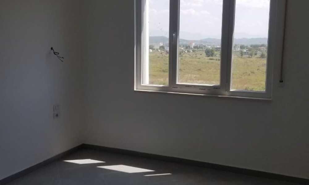 Durres-Shes hyrje 1+1,kati 3,62 m2,54.000 Eur (VALA MAR,GJiri i Lalzit)