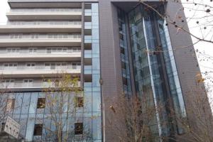 Tirane, jap me qera ambient zyra 125 m²,1800 Euro (Turdiu Business Center) Jepet ambient me qira (zyra) brenda  Qendres se Biznesit.Qendra Turdiu nje n