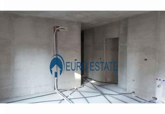 Tirane,shes apartament rezidencial 2+1,Kati 3,109 m²,83.000 Eur(Don Bosko) Shitet apartament ne kompleks rezidencial ne DON BOSCO.Siperfaqe totale 109