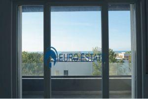 Kleringu-Shes hyrje 2+1 & parkim,kati 2,80 m2,65.000 Eur (VALA MAR REZIDENCE)