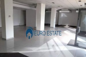 Imobiliare Objekt Biznesi me Qera Ambient Biznesi me qira 200 m2,2500 EUR(Ish Parku)