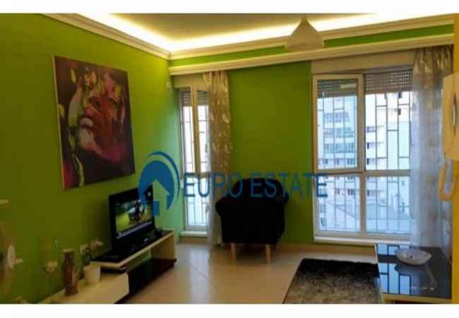 Okazion-Shes Apartament,2+1,91 m2,88000 Eur (Kompleksi Magnet,Ish Klubi Partizani)