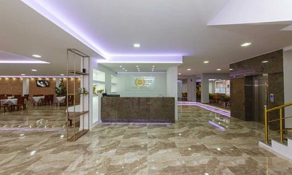 Esal Hotel - Qendrim, parkim, mengjes, cader si dhe Wi-Fi per vetem 27 Euro☀️