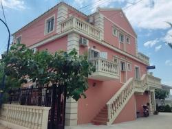 ksamil dhoma Dhoma plazhi ne Ksamil(Vila Marku Soanna)