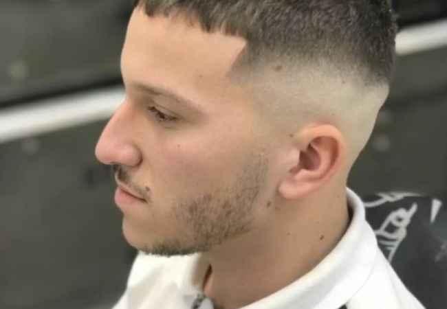 Oferta Kurse Profesionale  Juli Barber Shop ofron kurse per berber.