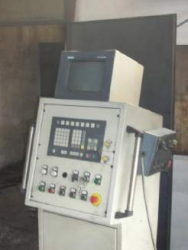 Makina Pjese kembimi dhe oficina Trapan radial Invema DC13 CN Sinumerik 805