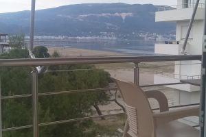 Jepen apartamente me qera ditore ne Vlore buz deti Lungo Mare...35 euro dita 0695899877 Jepen apartamente me qera ditore ne Vlore buz deti Lungo Mare...35 euro dita 069