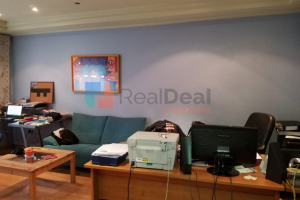 Imobiliare Objekt Biznesi me Qera In Garda, Offices For Rent On Second Floor With Very Good Opportunity Branding!