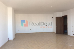 In Yzberisht Sell 2 + 1 Apartment with Perfect Structure !! In the Yzberisht area, Sell a 2 + 1 apartment with perfect structure. The apartm