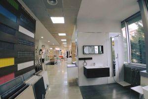 Ne Bllok, Jepet me Qira Ambjent 900 m2 open space Exclusive!Nje nder pronat me te mira ne zonen e Bllokut, Rr. Abdyl Frasheri, e