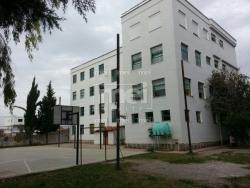 Imobiliare Objekt Biznesi ne Shitje Ne Qender Te Kamzes Shitet Shkolle.