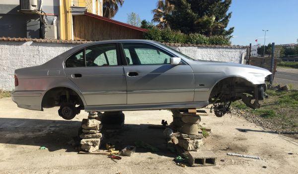 Shiten per pjese kembimi BMW 525