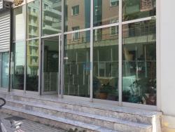 Imobiliare Objekt Biznesi me Qera  jepet me qera dyqan