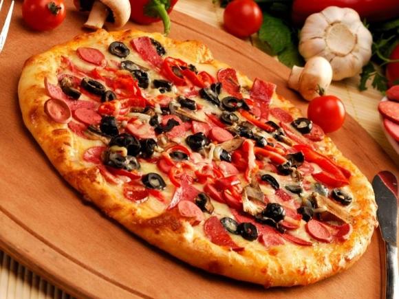 Bistro Pizzeria- Sherbim Taxi