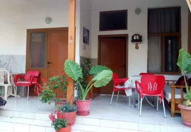 Dhoma Plazhi  Kemi 4 dhoma plazhi per 4 persona ne Vlore 50 metra nga deti ne Lungomare ne vij