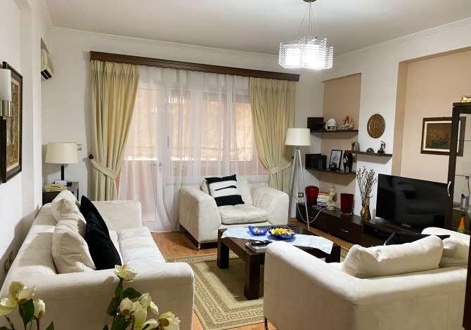 Apartament 2+1 per shitje tek Stadiumi Dinamo. Apartament 2+1 ofrohet per shitje tek stadiumi dinamo prane drejtorise se tatime