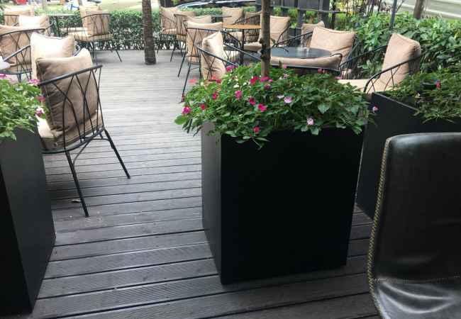 Bar Lounge ne shitje te Stadiumi Dinamo