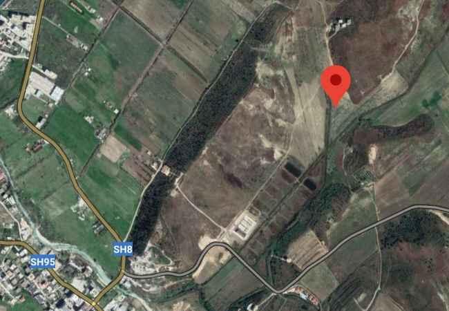 Okazion! Truall me Çertifikate Pronesie ne Rradhime! Shitet truall 2509m2 midis Radhimes dhe Orikumit ne rivieren e jugut. Toka eshte