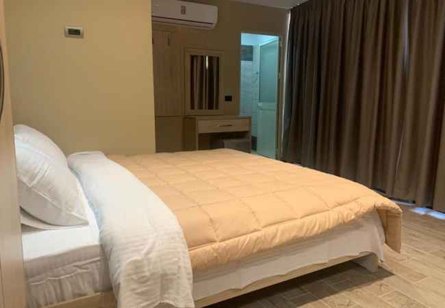 Super double room hotel rooms for rent on December 21st Double room daily hotel rooms for rent in one of the best areas in Tirana on 21