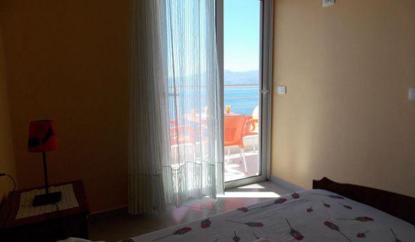 Hotel Erioni