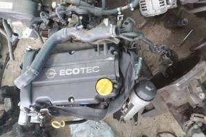 Motorr opel corsa 2004 Motorr opel corsa 20041.4 benzine.