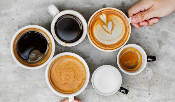 Ofroj/shes njohuri dhe ekspertize per berjen e kafes ekspres dhe turke