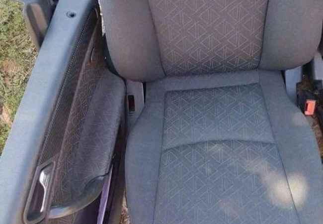 Sedilje  Shiten sedilje Mercedes Benz 203Transport falas ne Tirane Cmimi 80 Euro