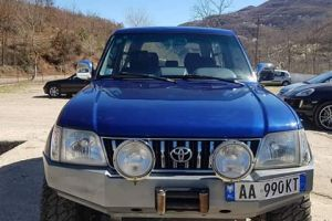 Toyota is renting Foristrade for rent  In a very good condition and for mountainous terrain.  Pric