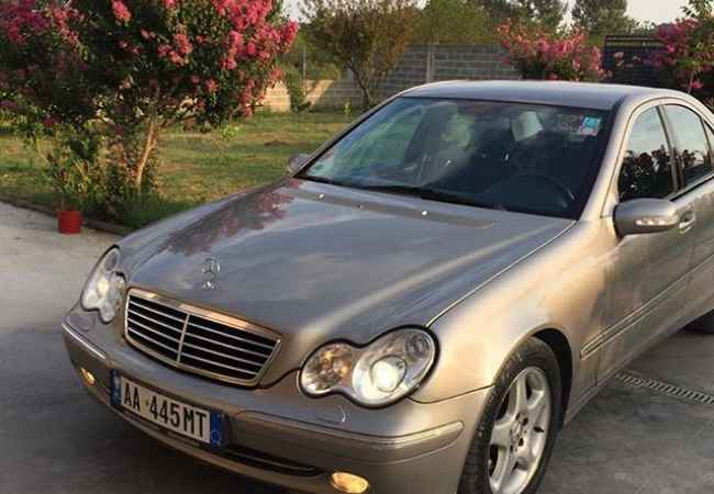 Mercedes-Benz_220_automatic car rental - = 20 €   day Mercedes-Benz_220_automatic = 20 €   day car rental  Evo # 220 # Automatic, Di