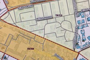 Land for sale It sells land with 335 m2, with certificate of ownership, the property includes