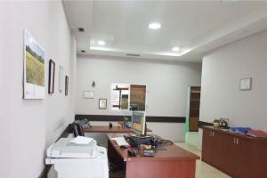 id:100438 - Store for rent near Rr.M.Shyri