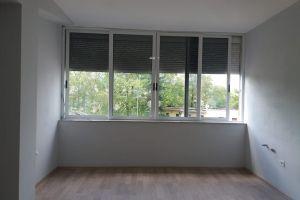 Imobiliare Objekt Biznesi me Qera Prane Bllokut , super zyre me qera