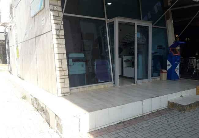 "Tirane, shes ambjent biznesi Kati 0, 20 m² 60.000 Euro (bulevardi zhan dark) Shitet ambient, tek ""Bulevardi Zhan Dark"", . Ambienti ndodhet në kati"