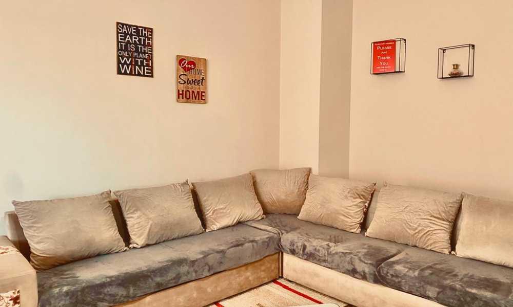 Apartament 2+1 per qira ditore tek Pazari i Ri