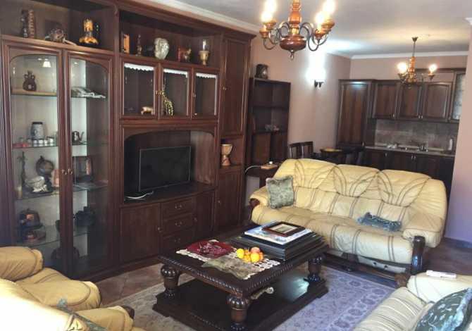 Apartament me Qera 2+1 Komuna Parisit Jepet me qera apartament 2 plus 1 ,105 meter katror , kati i tete , kompleksi �
