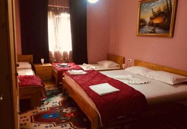 Leshojme dhoma ditore javore dhe mujore sipas kerkeses se klientit.