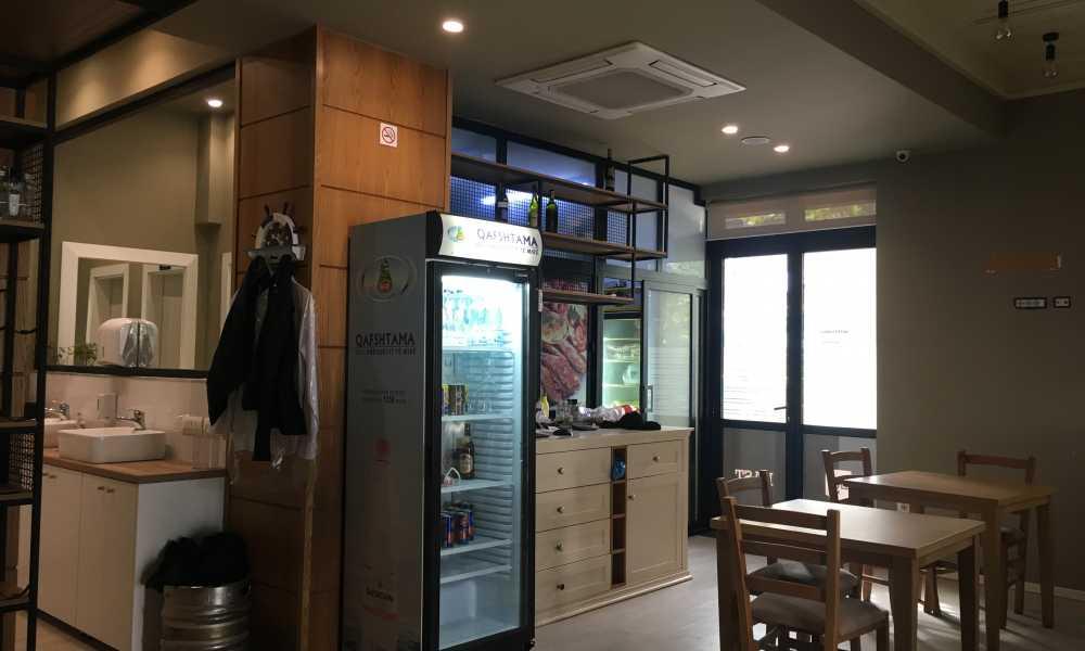 Tirane, shes dyqan Kati 1, 80 m2 450.000 Euro (Rr. Sulejman Delvina)