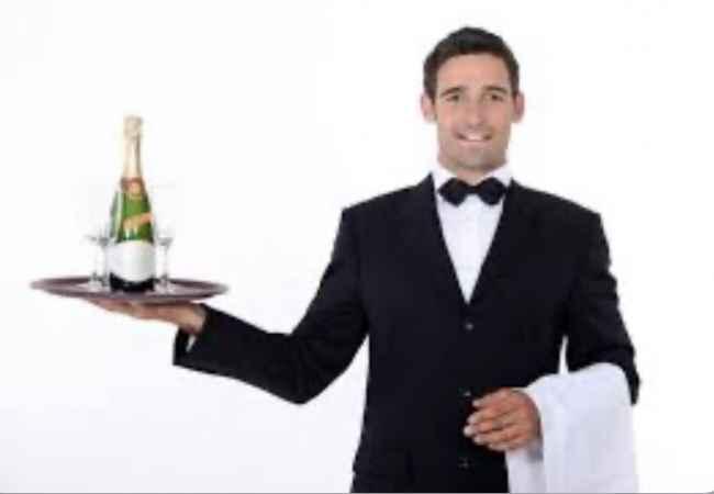 kamarier Bar Bistro Lounge kerkon kamarier