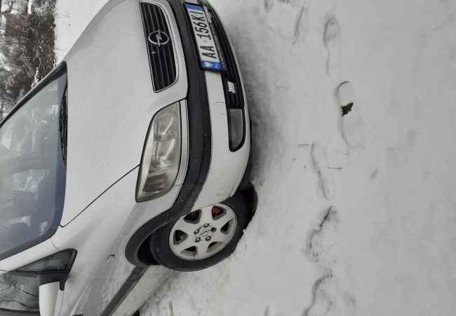 Okazjon Opel zafira 2.0naft kamje manual shitet per arsye mos perdorimi pjes xhenerik em